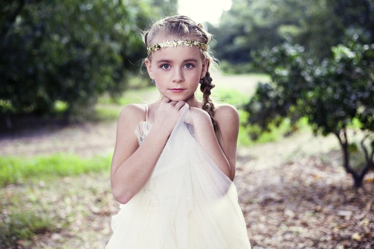 סרט כוכבים לשיער של המעצבת ענת בר לב למותג CutiePie, צלם הדס פרץ