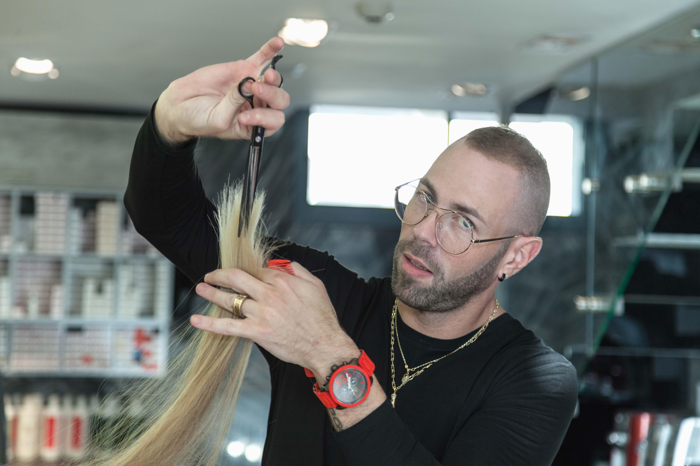 המספרה החדשה ״Rafael מעצבי שיער ״ של רפאל טפלוב במודיעין