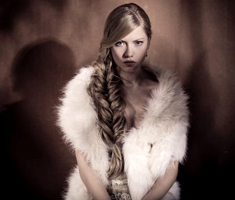 המראה הנכון של בת השכן באדיבות מעצבי השיער של וולה פרופשיונלס