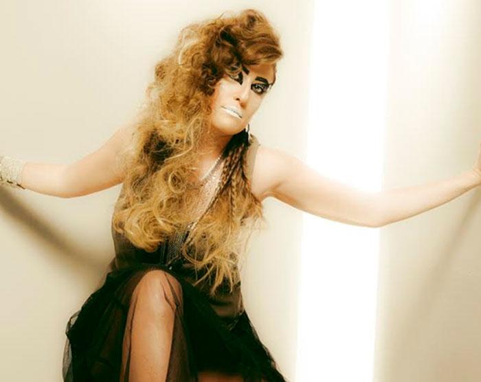אינדולה מציגה מראות שיער לחגיגות הסילבסטר
