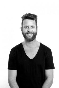 יאיר מנדל- מעצב שיער ומנהל קריאטיבי בשוורצקופף פרופשיונל- צילום יחצ חול
