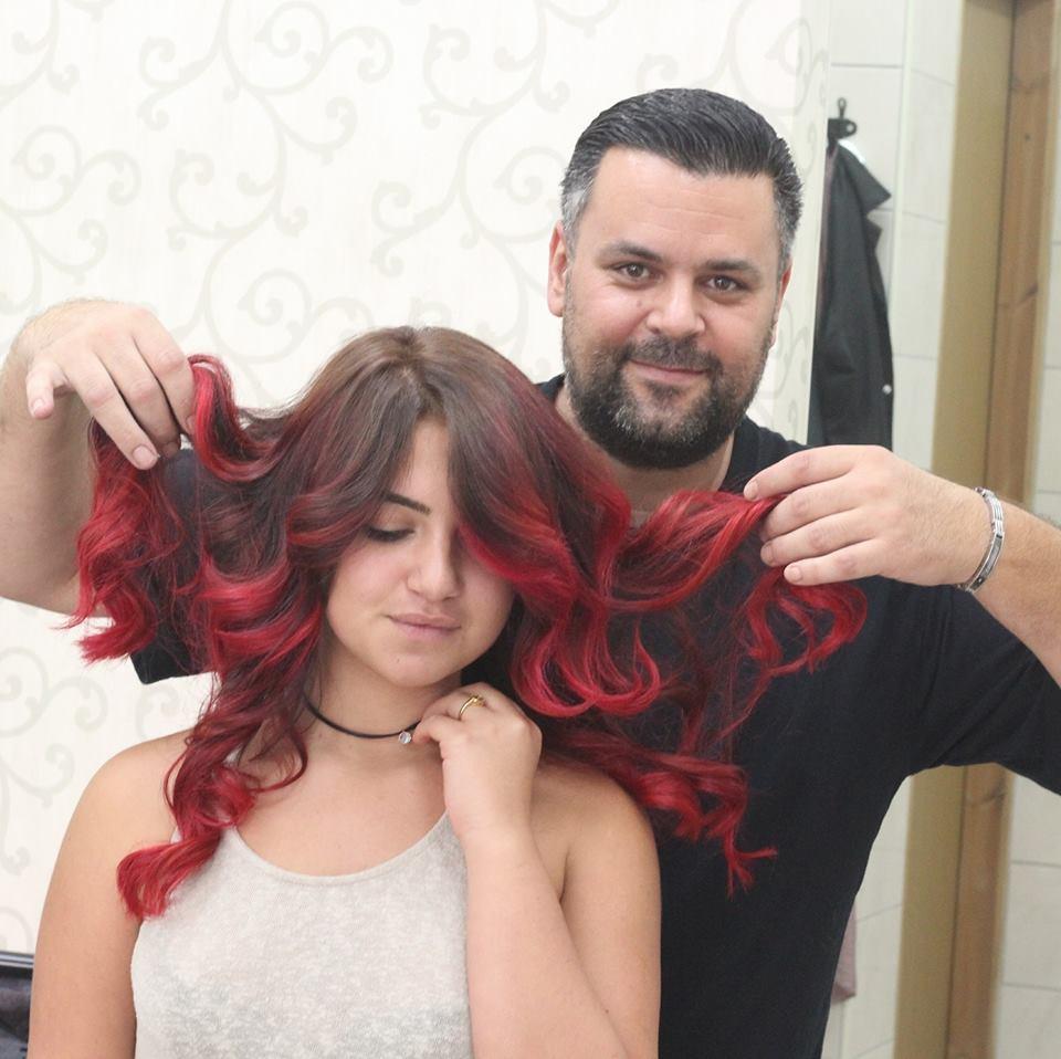 מעצב השיער עמי פחימה הבעלים של עמי'ס פלייס