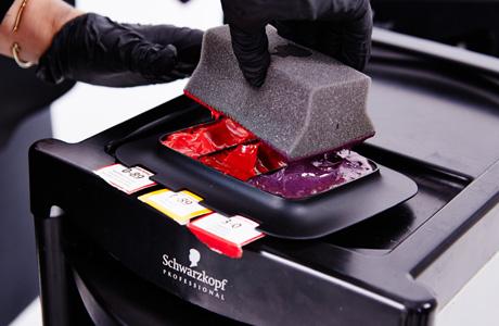 טכניקת צביעת השיער הנקראת Color Melting שוורצקופף פרופשיונל