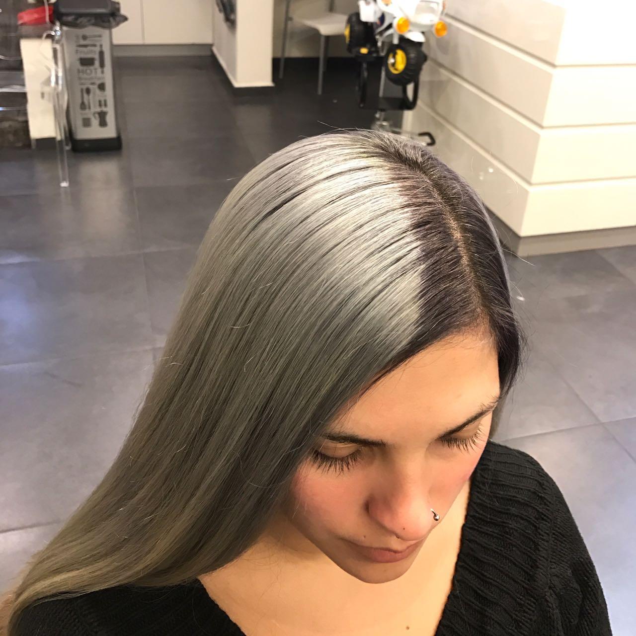 סייון מדמוני קוסמת הצבע לשיער התקשרו לסיוון: 04-8112211/0