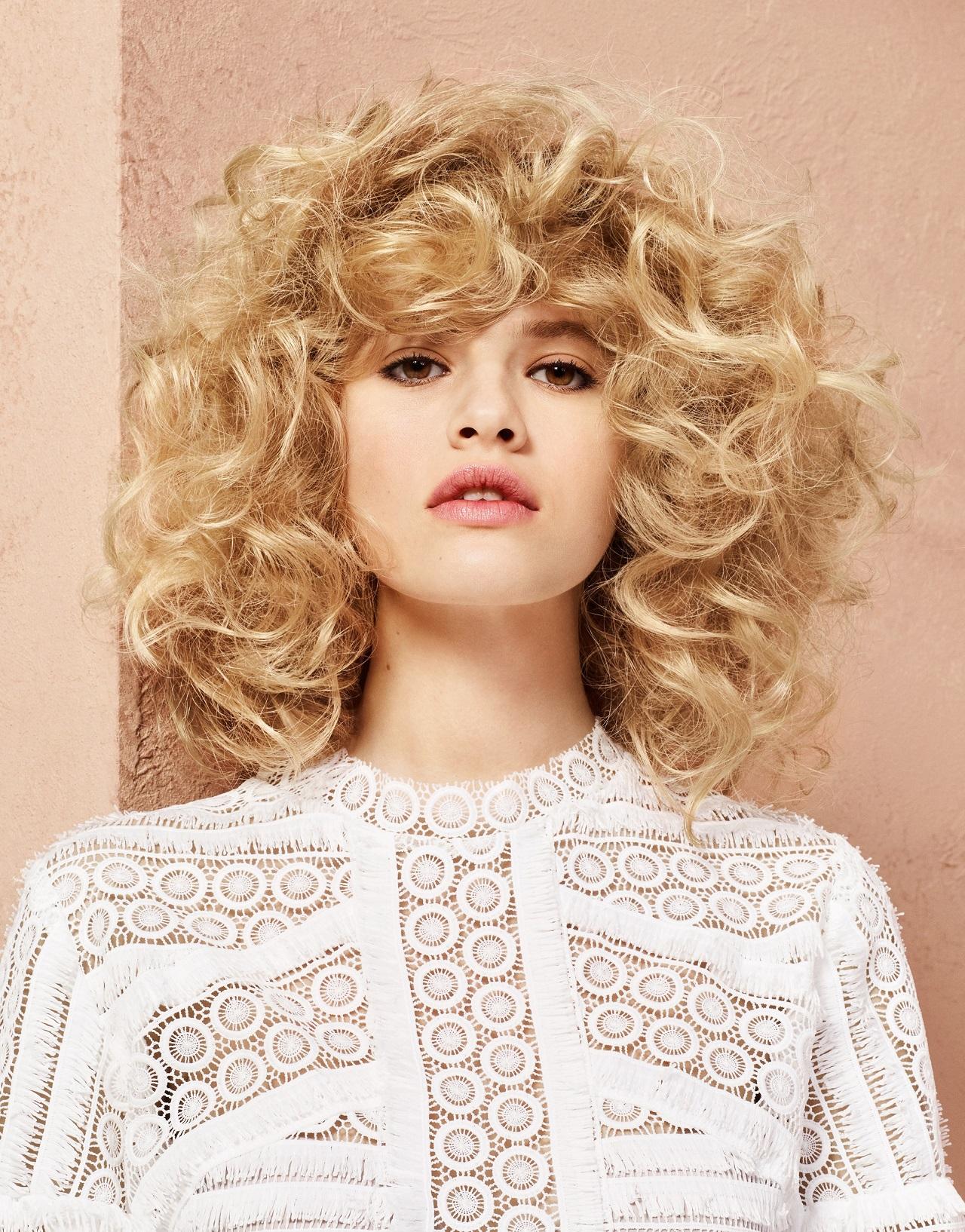 מראות שיער 2017 לוריאל פרופסיונל צילום יחצ חול curl me on