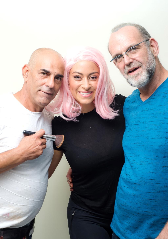 ליהיא גרינר עם אלי כהן וגורו המייקאפ בועז שטיין צילום ניסים פרץ