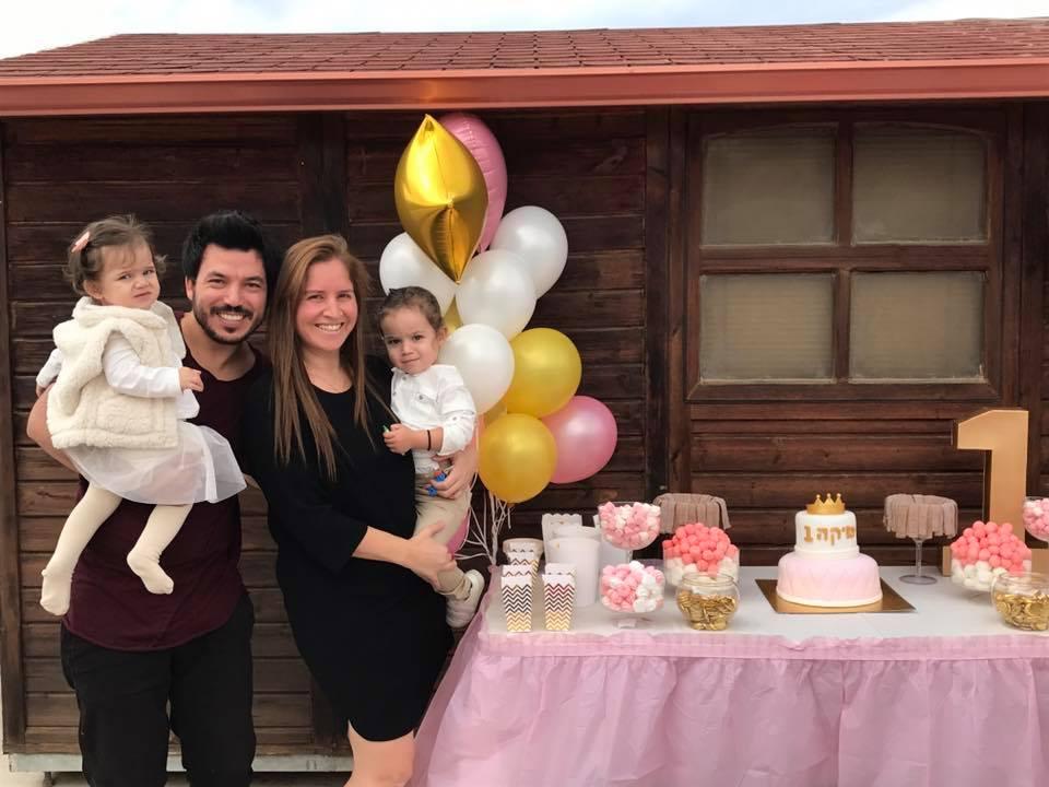 אסף וקרן סיבוני חוגגים יום הולדת לנסיכה מיקה