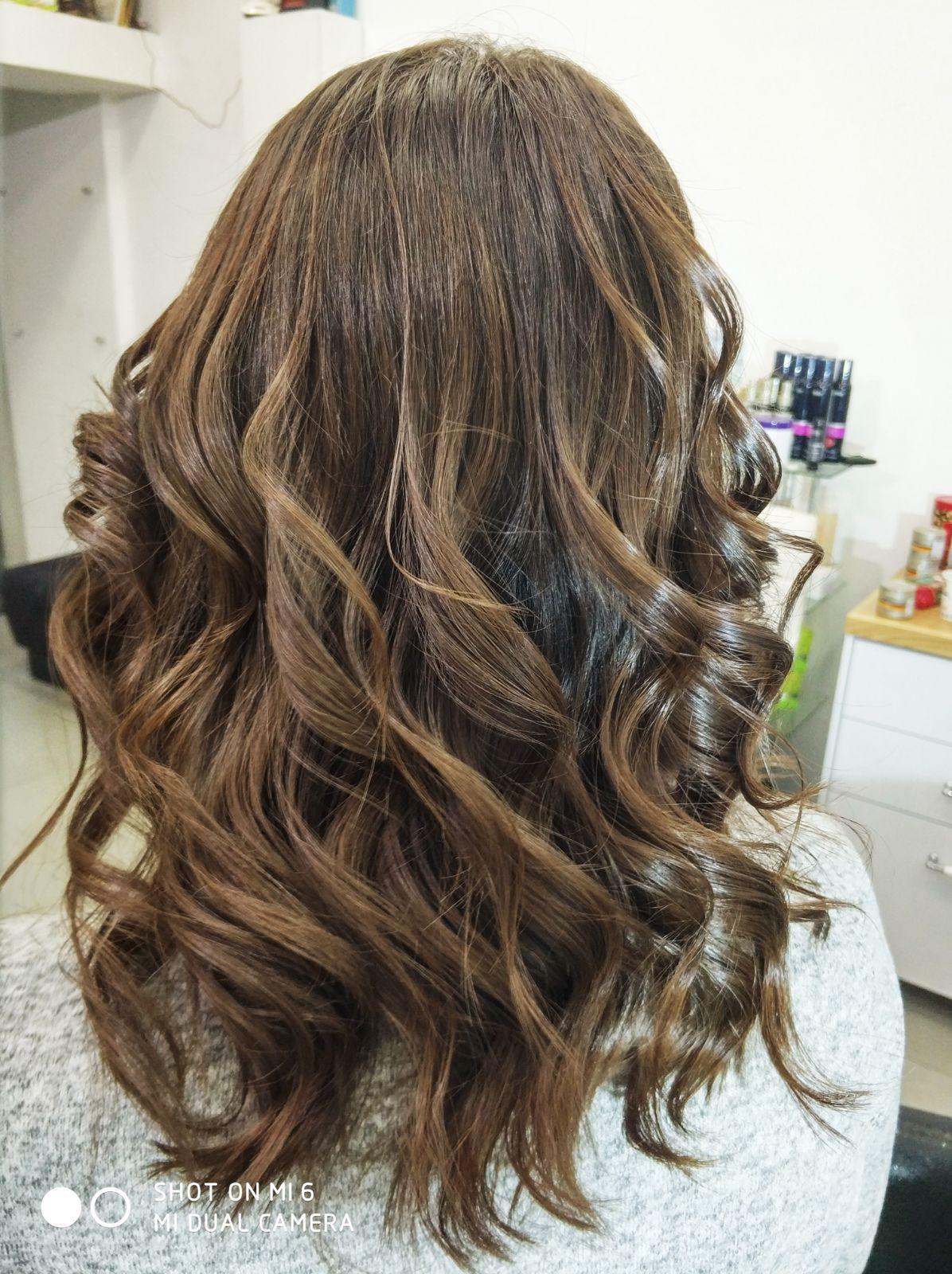 צבע שיער טבעי ברק בשיער