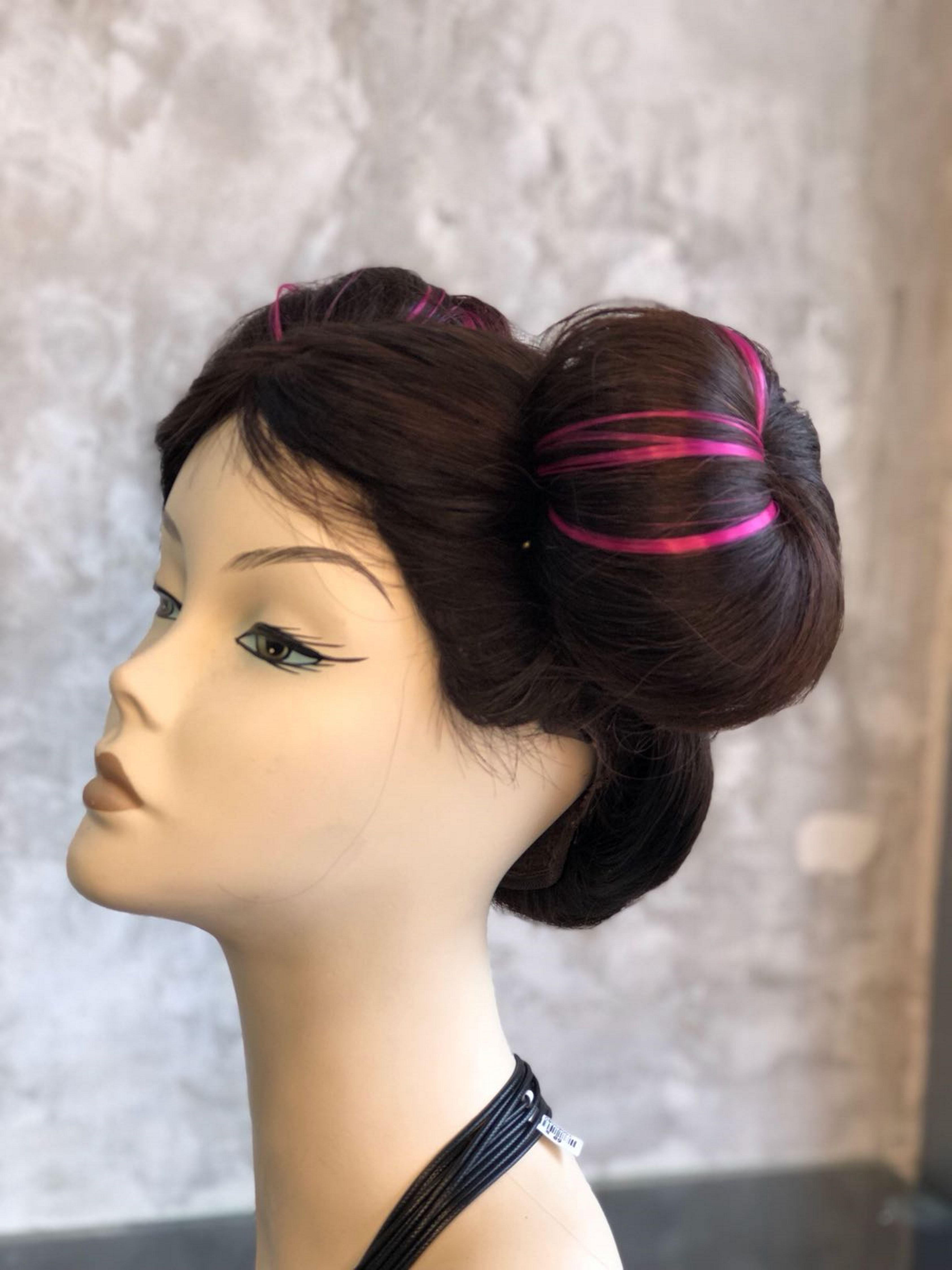 6.תסרוקת הגולגולים האייקונית מוכנה, דורון פסקינו פתרונות שיער, צלם לילי פסקינו (2)