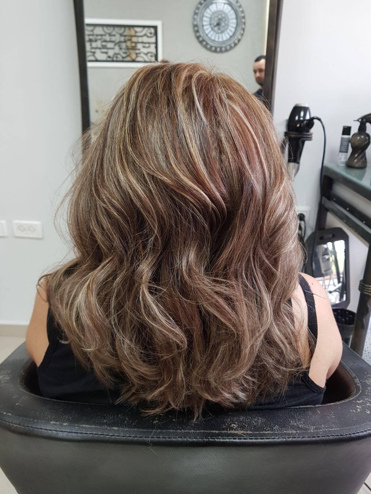 גוננים מקצועיים לורן עיצוב שיער