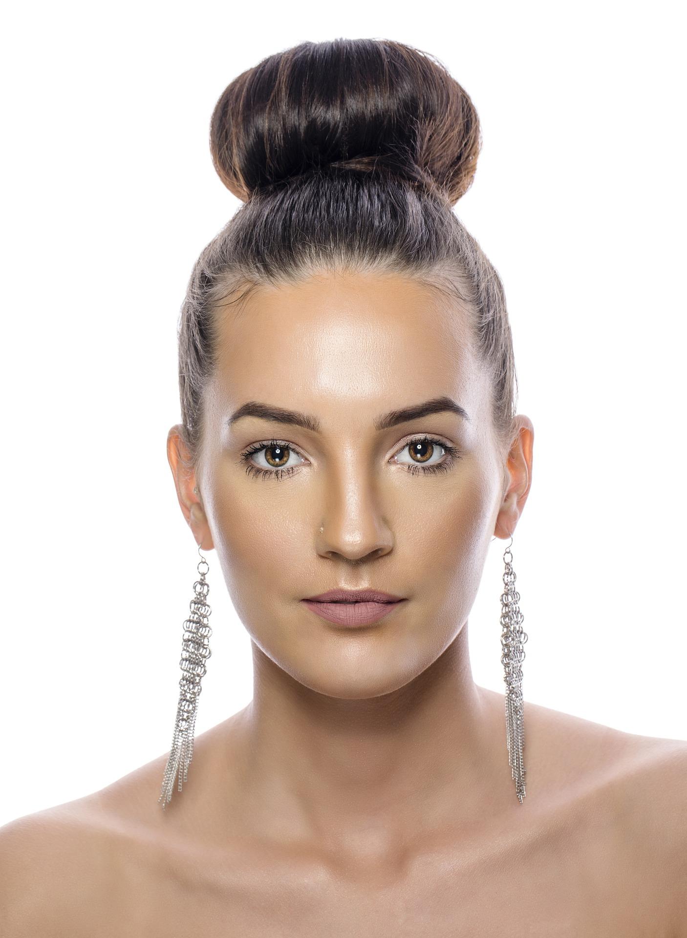איך שומרים על תוספות שיער בקיץ? - רפאל אוסמו, מעצב השיער מנהריה