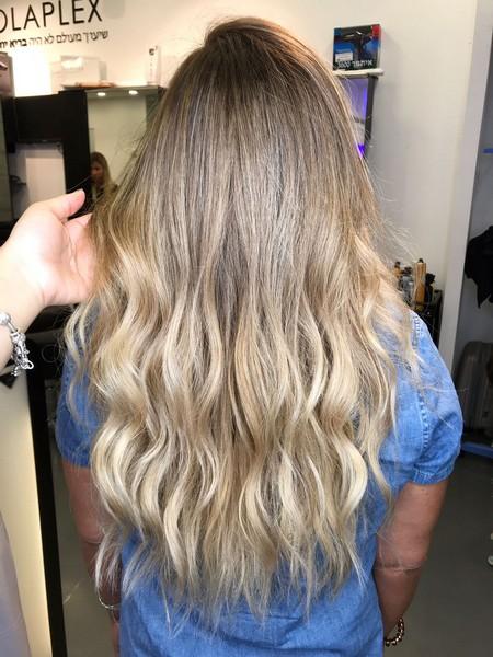 עיצוב שיער בליאז