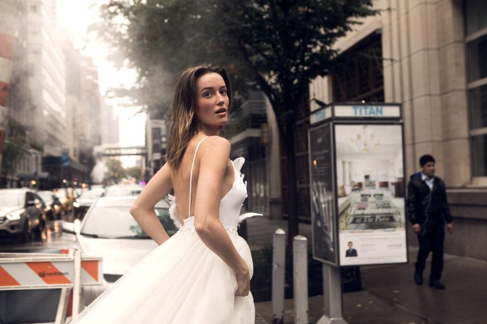 שמלת המעצבת טל קדם קרדיט יחצ תמונה samuel sarfati