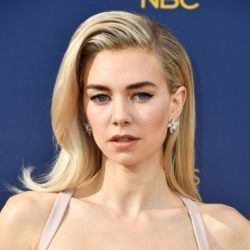 Moroccanoil_Emmys Get The Look - Vanessa Kirby.