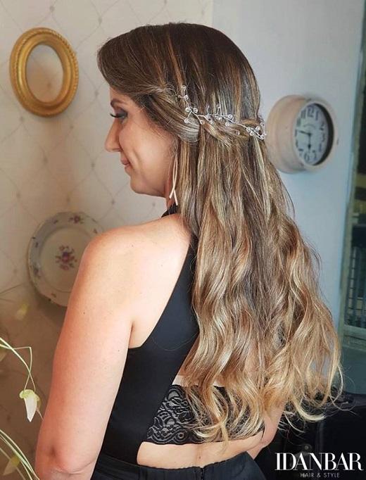 שיער ואיפור לפרום – מראה מושלם למסיבות סוף השנה