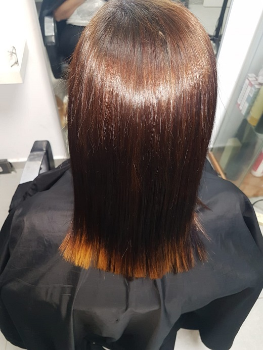 החלקת שיער  ז